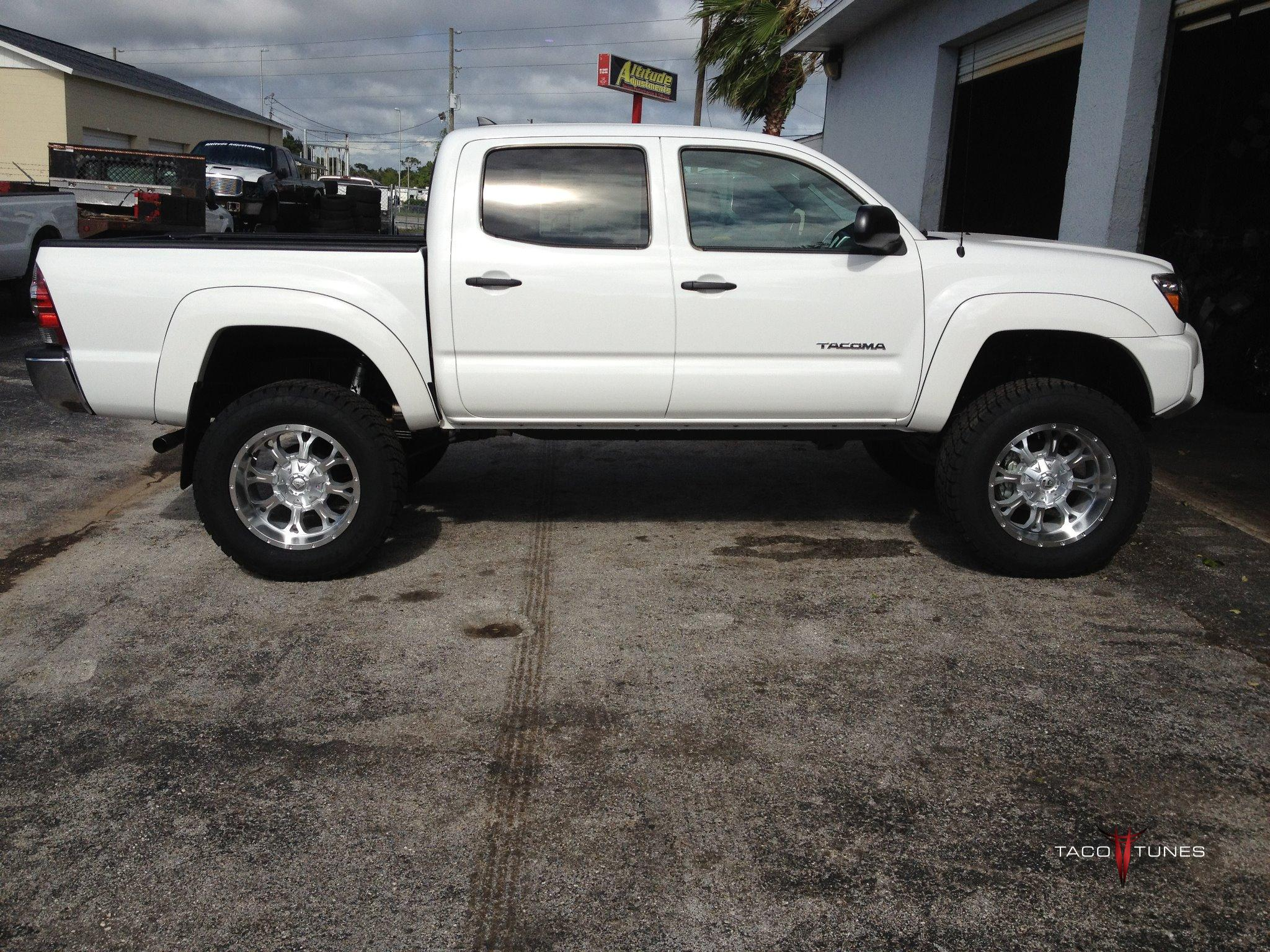 Bds Suspension Lift Kit Before And After Pictures Tires Wheels Specs 2004 Toyota Tundra Double Cab Lifted Camry 8