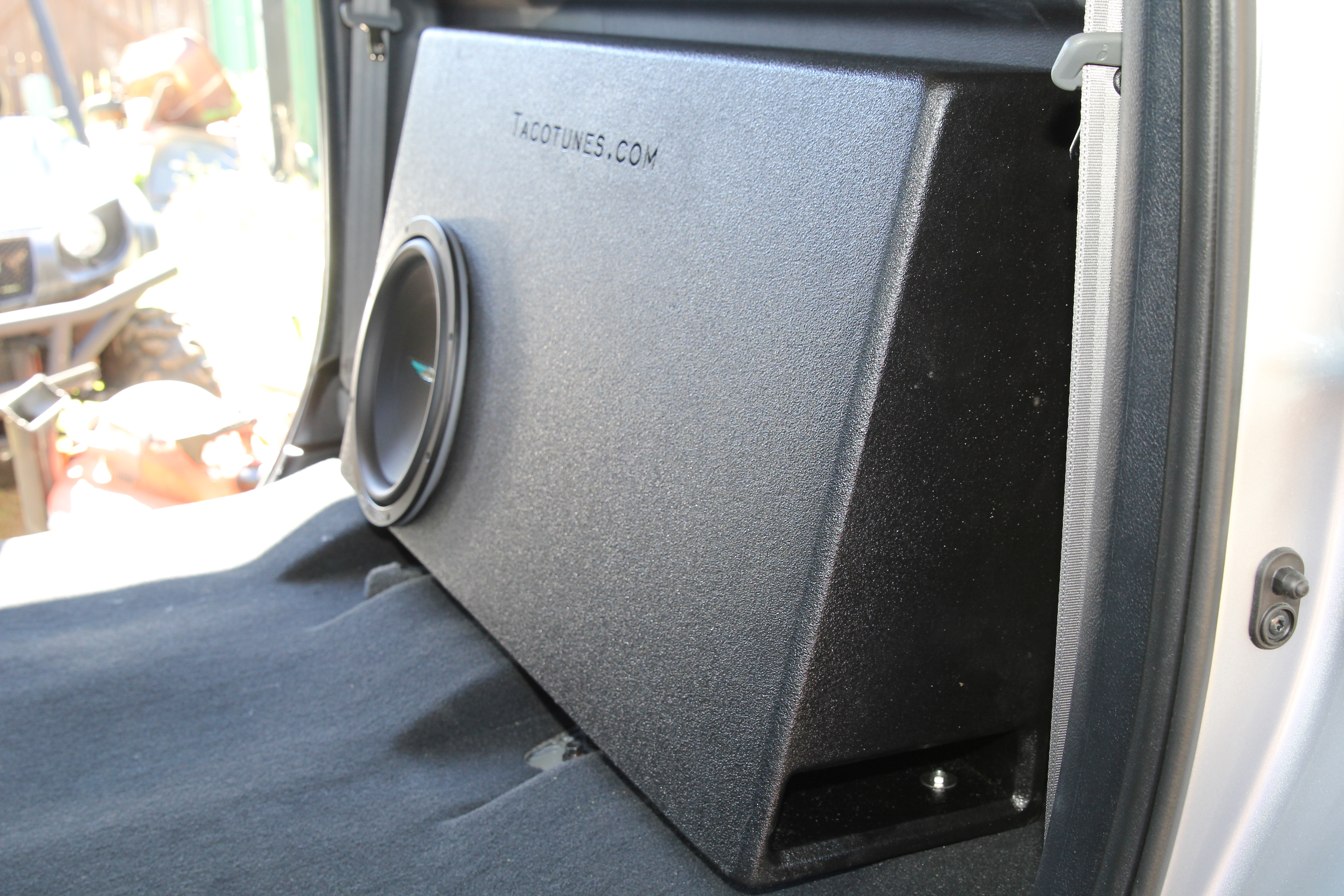 2007 2013 Toyota Tundra Crewmax Ported Subwoofer Box