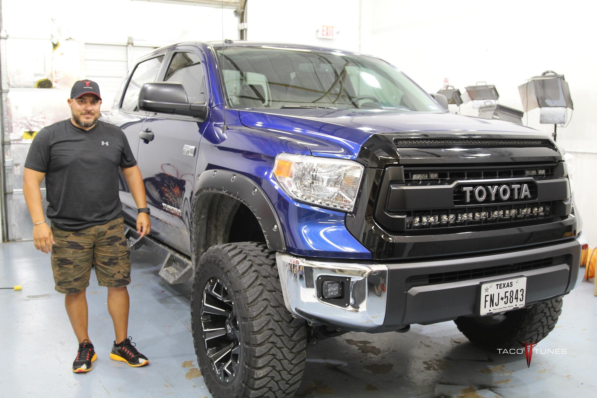 Juan S Toyota Tundra Crewmax Sr5 Complete Stereo System